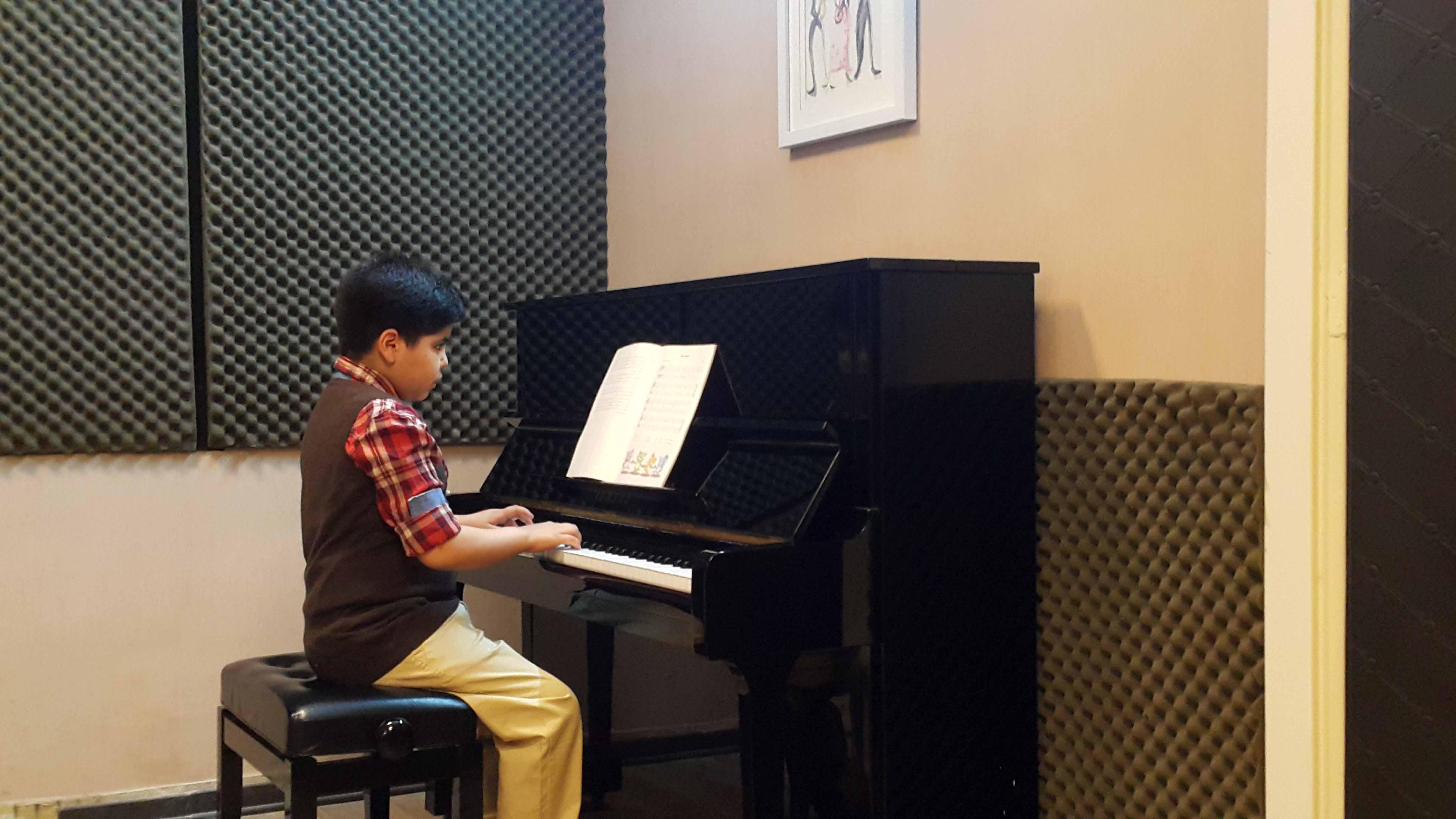 کنسرت هنرجویی پیانو - اسفندماه 1397 - آموزشگاه موسیقی شیدا